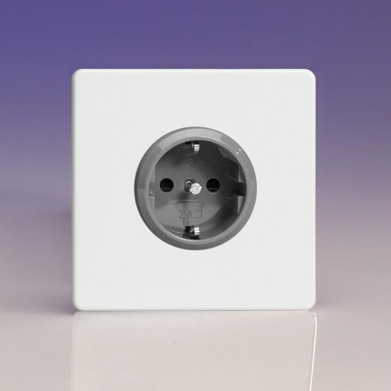 Szimpla Schuko dugaszoló  aljzatfehér műanyag