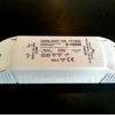 Szabályozható 12V-os  elektronikus transzformátor  150W